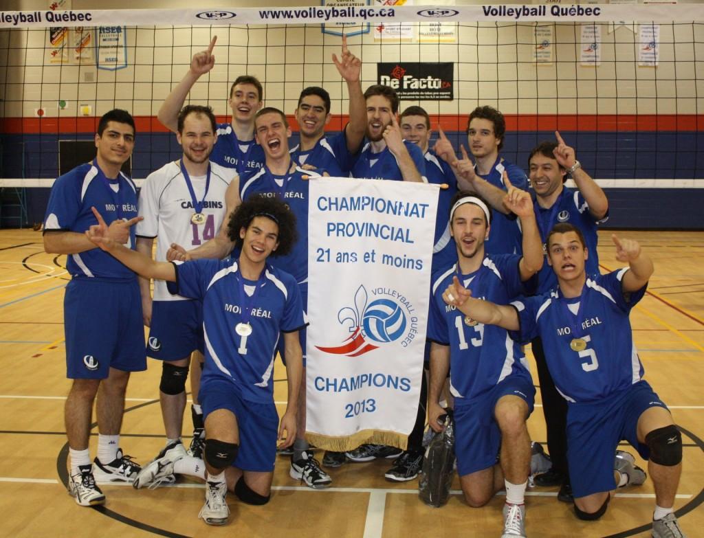 En 2012-2013, Celtique Blanc a terminé 4e au championnat provincial alors que Celtique Bleu a remporté la bannière!